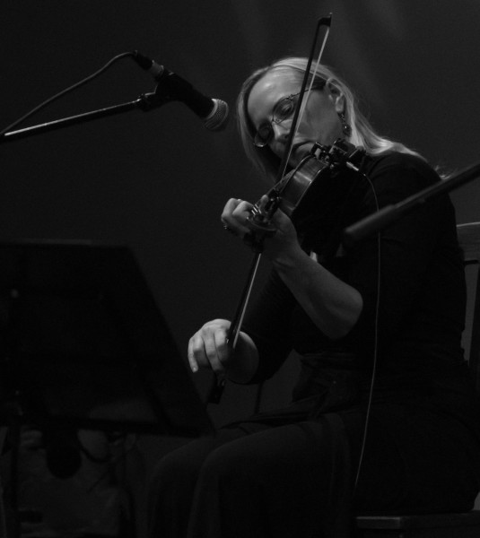 Rumelia's Sitara Schauer on the violin
