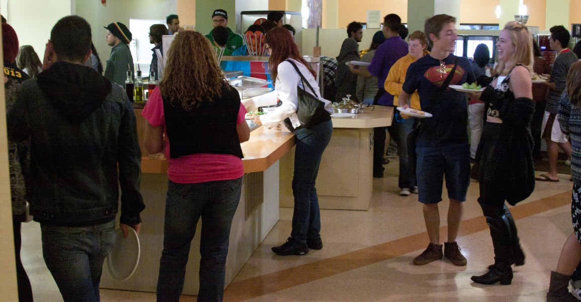 Students received an email reiterating that each meal time consists of a two hour block–an attempt to cut down on the long lines forming in the cafeteria. Photo by Tim Kassiotias