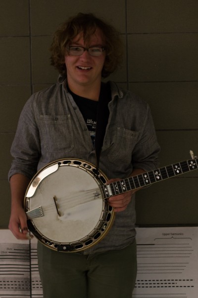 Ladies and Gentlemen, on the banjo, Sam Zickefoose. Photo by Amanda Tyler