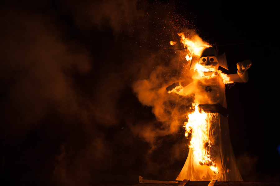 Approximately 48,000 people braved the rain to attend the 91st burning of Will Shuster's Zozobra on Sept. 4 2015. Photo by Forrest Soper.