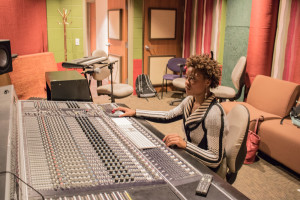 Senior Rachel Dupard works on a mixing project during SFUAD's music label Arroyo Records' class. Photo credit: Chris Dorantes