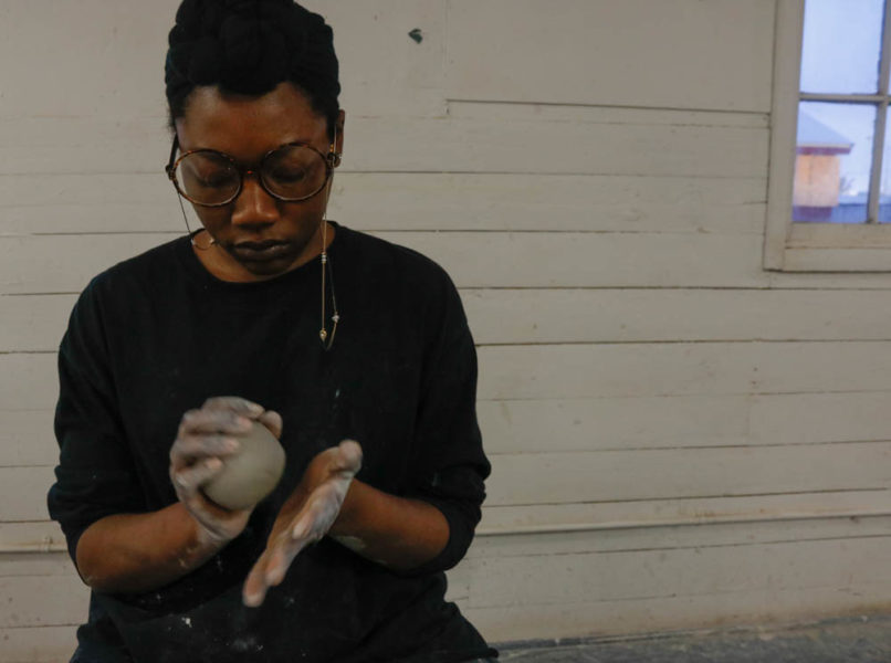 Studio Arts sophomore Elisis Miller shapes clay for an upcoming studio arts final. Photo by Jesus Trujillo